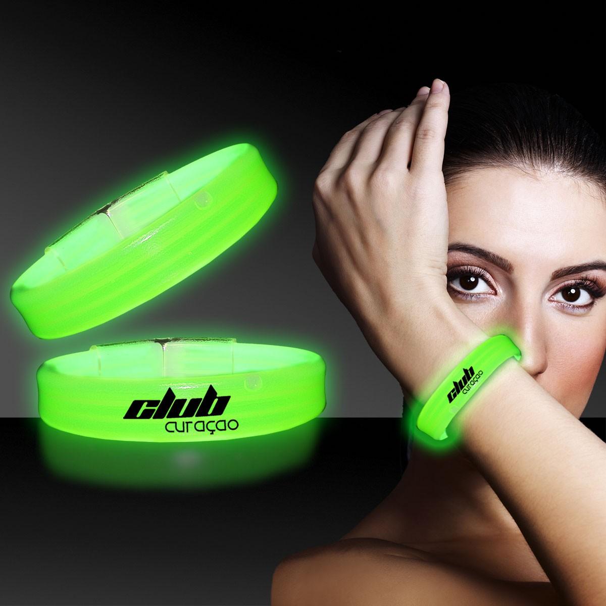 Green Deluxe Triple Wide 9 Inch Glow Bracelet